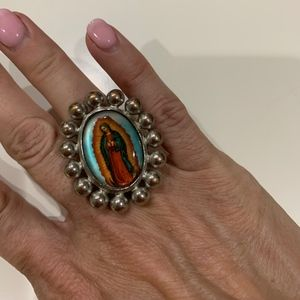 Jewelry - Large chunky Madonna ring silver tone